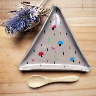 Hand triangular platter