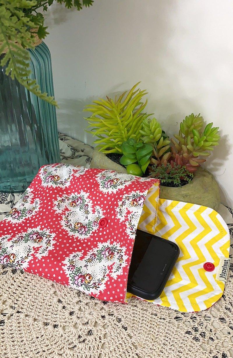 北歐風格紅花色花圖案小收納袋/口罩收纳/多功能小包/零錢包