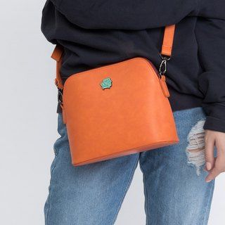 KIITOS MOMENT Type Series Shell Leather Messenger Bag - sofa models