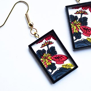 Hanafuda earring / earring - chrysanthemum and cup