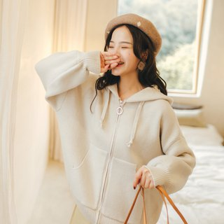 Hooded zip knit jacket