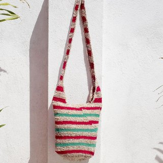 Limited handmade hand-woven cotton thread hook-side backpack / shoulder bag / hand bag / oblique bag / woven bag / hook bag / linen bag / cylinder bag - original summer red and green stripes
