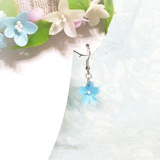 Blue cherry earrings (small) / ear hook / ear clip