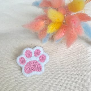 Hand embroidery * white cat pink cat hand pin