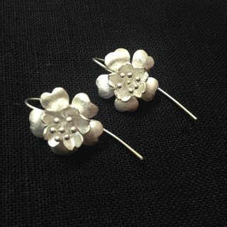 Flower ear hook Flower ear hook