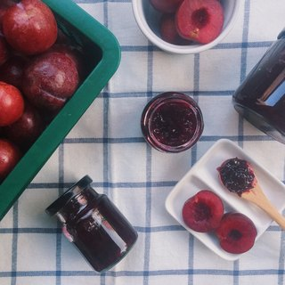 Fruit man │ red meat plum jam - summer limited