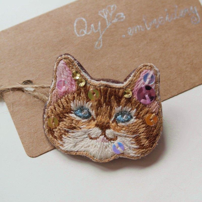 Qy's cats  巧克力色貓 手工刺繡胸針 別針 禮物