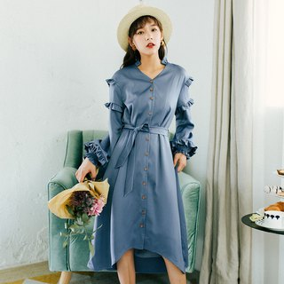 2018 autumn women's new lace sleeves V-neck long dress dress