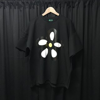 Oversize cotton flower print