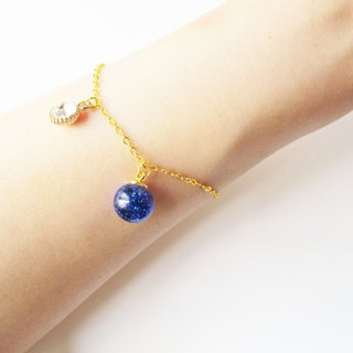 *Rosy Garden* blue glitter with water inisde glass ball bracelet