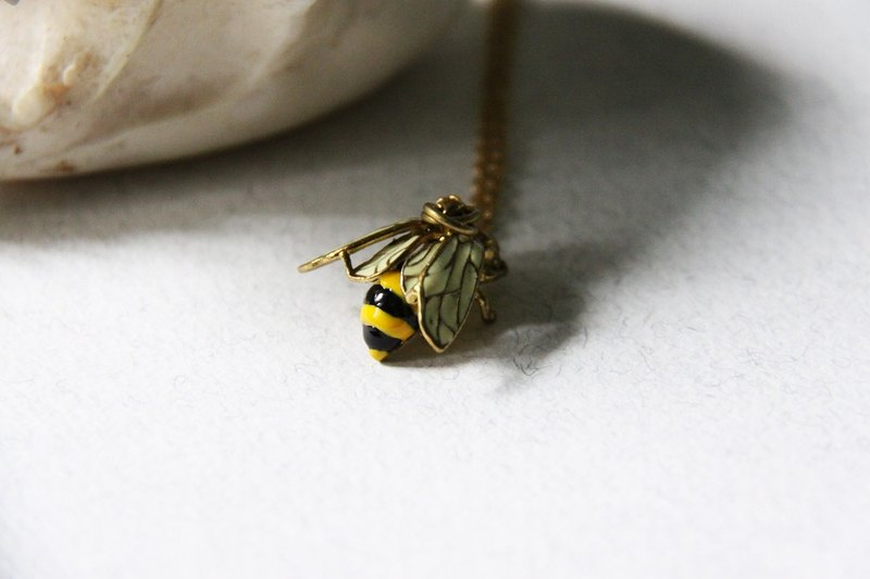 Bee Necklace - Handmade jewelry - Hand-painting Version - Cute and Unique Charm Necklace