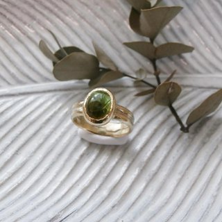 Ring of green tourmaline and K14