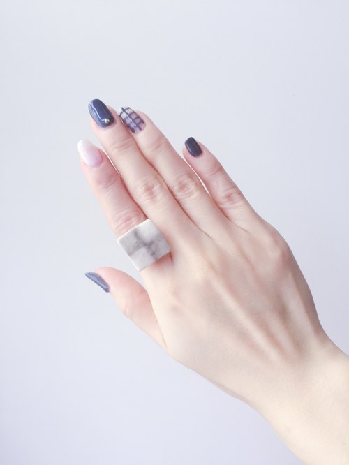 Minimalist Grey White Tile Ring