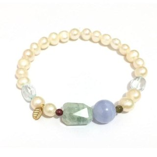 Pretty Pearl With Natural Stone Bracelet