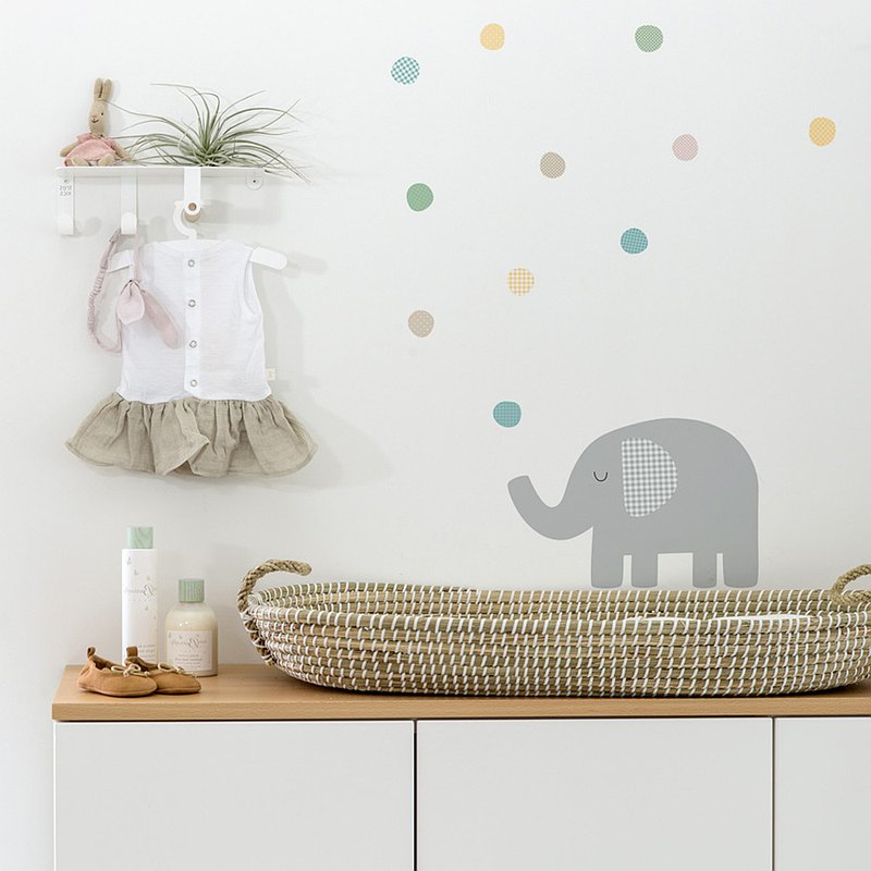 Elephant Blowing Bubble Wall Sticker (Color)