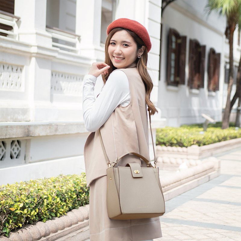 Athena水桶包 - 灰褐