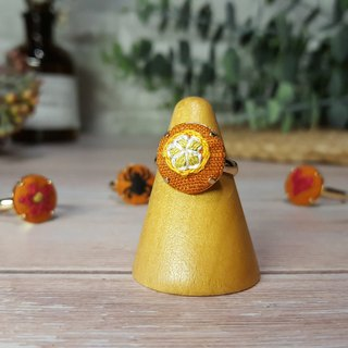 Embroidered cloth ring _ warm maple series _ orange