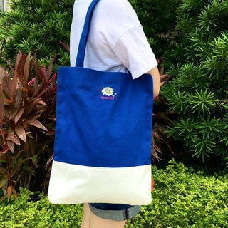 The.Playing.Forest-Steve Embroidery Canvas Tote / Blue,White