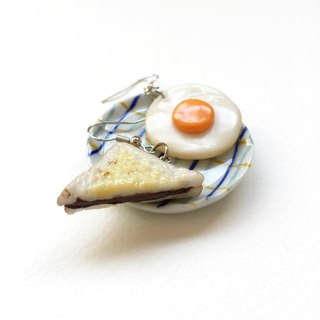 Sandwich+Fried egg 2 earring