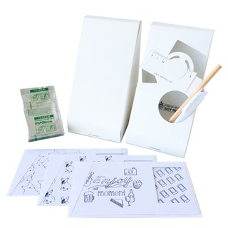 Pin Cards - Coloring Frame Card Kit Frame cards + film + paper pencil + pen container