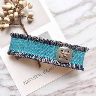 Minimal and small fragrant French clip / azure