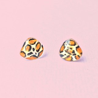 Brown Leopard - hand-painted earrings / hypoallergenic needle / can be changed clip