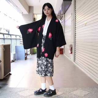Tsubasa.Y 古着屋001 Chessboard flower hand-painted black feather woven, blouse jacket kimono Japanese style