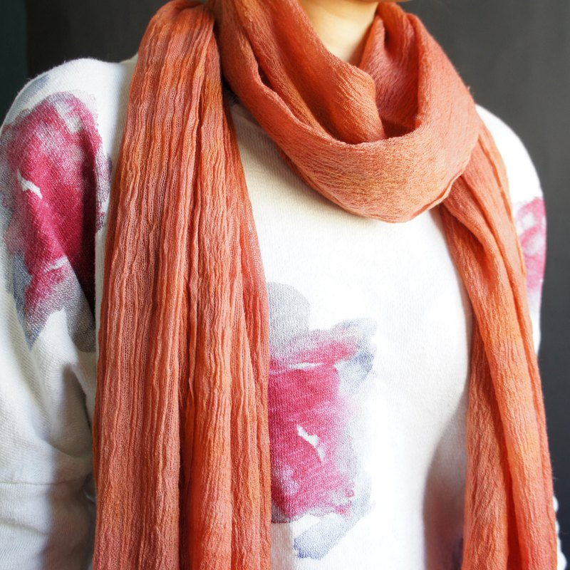 Pure dyed wool scarves - straight wrinkles