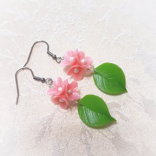 Encounter series ~ pink flower earrings / ear hook / ear clip