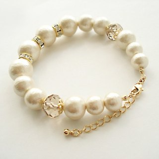 Cotton pearl and Rondelle Bead with Crystal Rhinestones bracelet