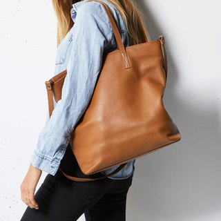 FIRE ON THE VINE Shoulder Backpack_Tan / Camel