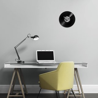 HeadphoneDog Vinyl Moon Clock-Planet