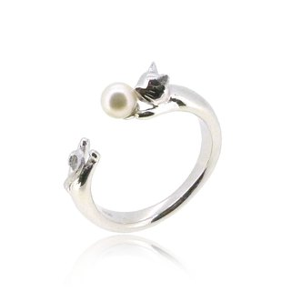 CAT SHAPED SILVER RING WITH AKOYA PEARL