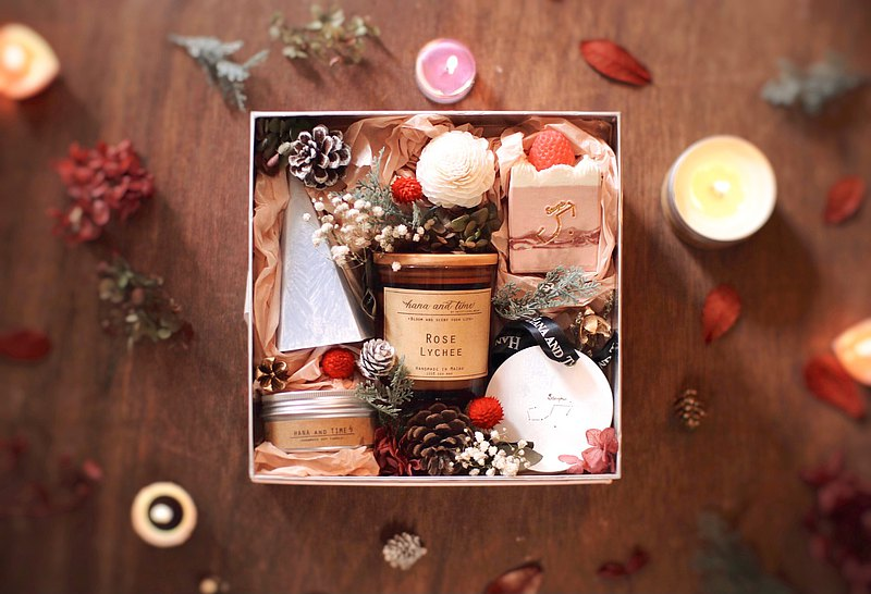 Fragrance / Handwritten Text Candle  / Christmas