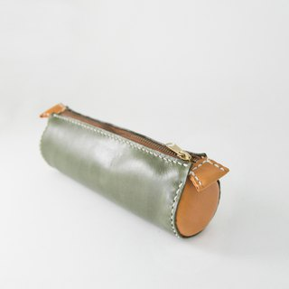 森下树SENSIASHU / two-color round pencil case / a total of 11 colors / Italian yak leather