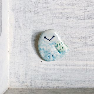 Owl brooch soda blue