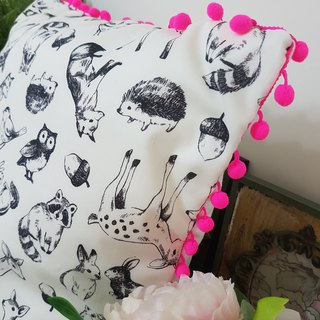Nordic cute animals fluorescent pink hair ball pillow / pillow