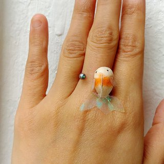 [LineWorkLab] Engraving Goldfish Water Drop Glass Ring Rings - Orange Gold with Halter Tail