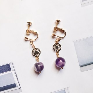 La Don - Grandma Amethyst Ear Pins / Ear Clips