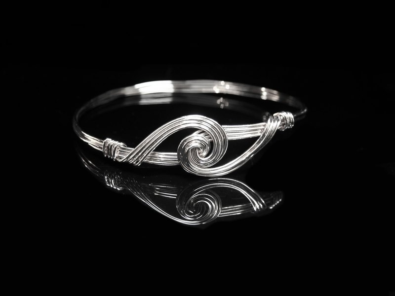 Winwing metal braided bracelet - [the] orbicularis