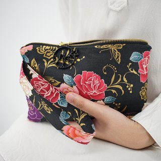 Wristlet in Flowers on Black