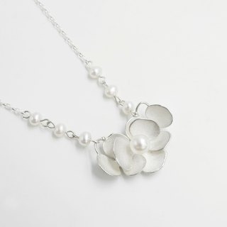 I-Shan13 Pearl Camellia Necklace Pearl Chain