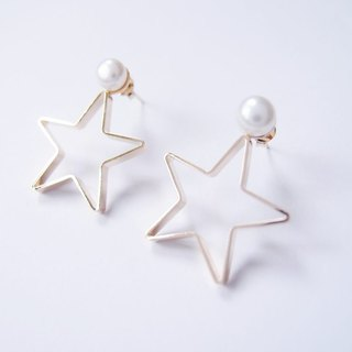 Pentagram metal pearl earrings