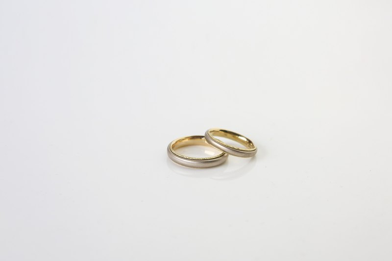 Classical Oval Ring