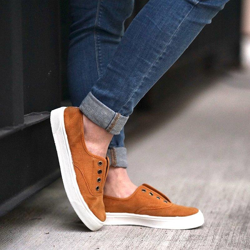西班牙國民帆布鞋 CIENTA 10777 43 土黃色 洗舊布料 大人