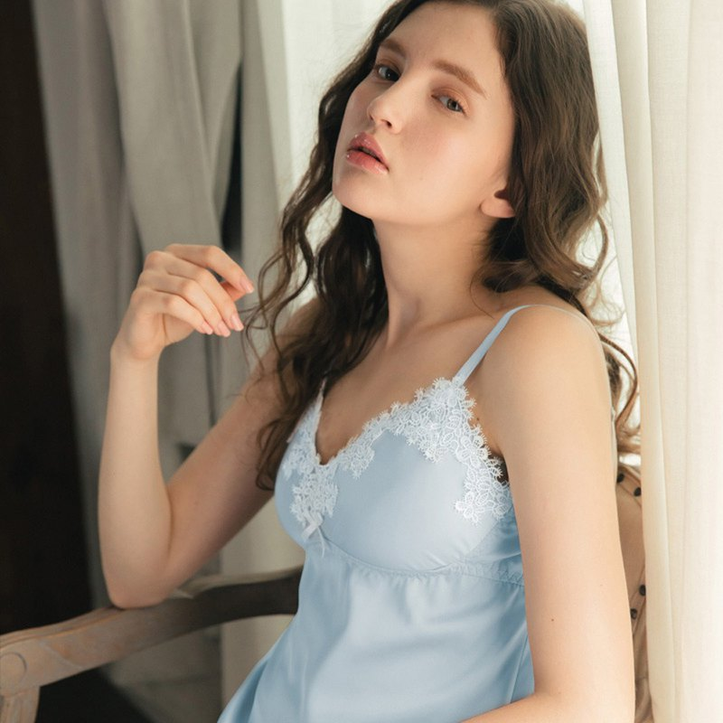 No steel ring pajamas [exclusive 2in1] lady Eve eyelash lace soft skin soft satin dress - water blue
