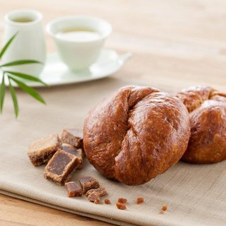 【Manchu fragrance】 Okinawan brown sugar handmade bread -4 into the equipment