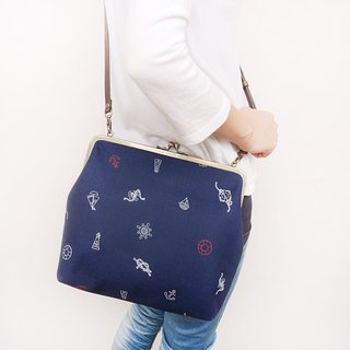 Summer Sky Blue 25CM Large Capacity Shoulder Bag / Mobile Phone Case / Gold Bag [Made in Taiwan]