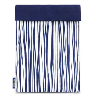 Zhuo also blue dyed - multi-pocket pouch