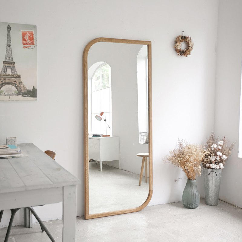 Shaped solid wood full-length mirror (order is not accepted)